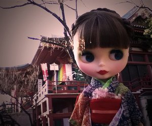 blythe, red lips, and china image