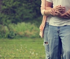 hold my hand – silly, fun and romantic hand holding pictures | Things about love