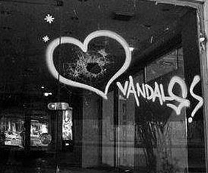 graffiti, tumblr, and heart image