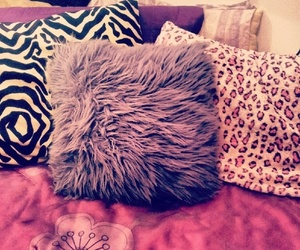 pillow, pink, and girly image