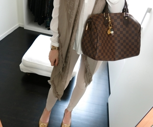 fashion, Louis Vuitton, and scarf image