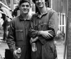 misfits, iwan rheon, and robert sheehan image