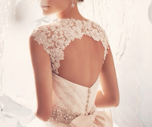 beautiful, elegance, and bridal gown image