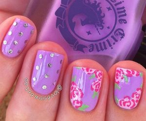 floral and nails image
