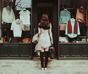 girl, vintage, and clothes image